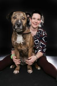 Nadine Hümmerich mit Suchhund Toni