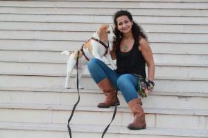 Suchhundeführerin Gül Cosar mit Suchhund Chicco