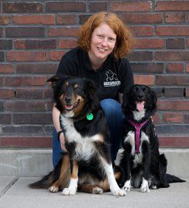 Mandy mit den Suchhunden Feline und Milka